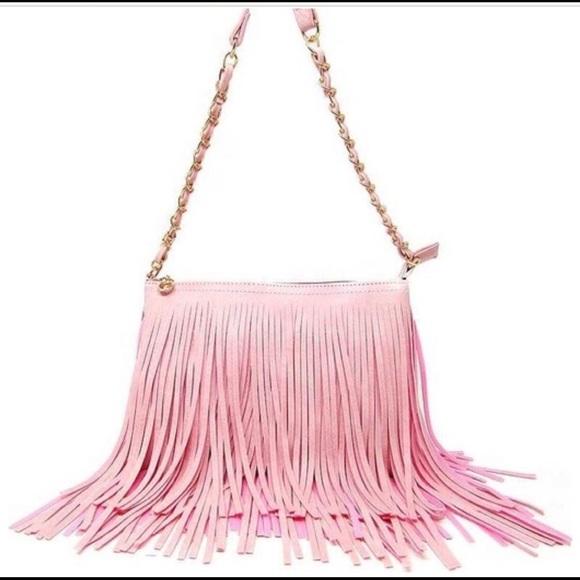 Handbags - 💋FLASH SALE💋💕Pink tassel boho crossbody💕